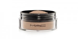 Magically Cool Liquid Powder от M.A.C.